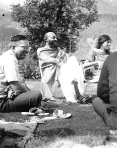 old osho photo - Copy